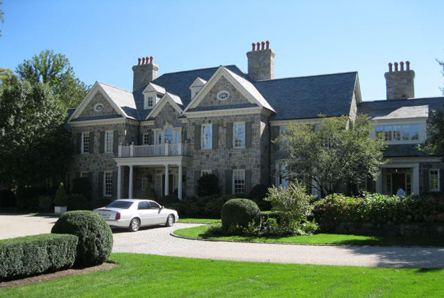 WESTCHESTER, NY<br>Luxury homes by Shoreline Painting<br><a href='http://shorelinepaintingct.com/portfolio/beautiful-homes-in-lower-fairfield-county/'>Go to link</a>